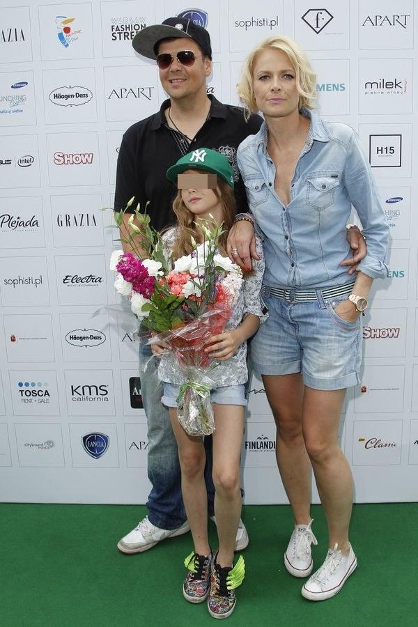 Michał z żoną Odetą i córką /- /AKPA