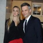 Michał Żebrowski z żoną na premierze. Piękniejsza od Anji Rubik?