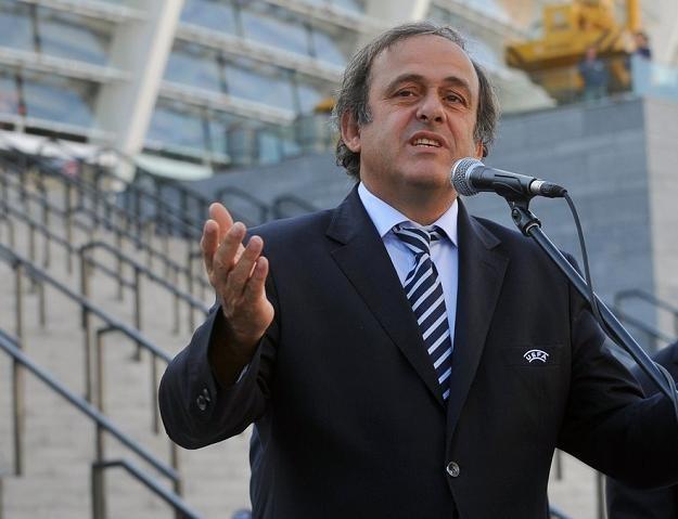 Michel Platini rozpoczął we wtorek trzydniową wizytę w Polsce od Gdańska /AFP