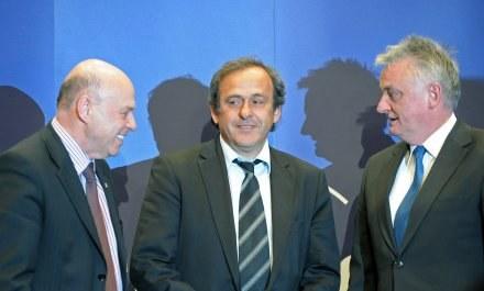Michel Platini w towarzystwie Grzegorza Laty i Mirosława Drzewieckiego /AFP