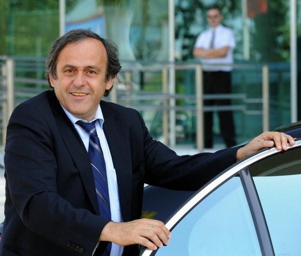 Michel Platini zalicza się do grona zachwyconych poziomem organizacji mistrzostw /Janek Skarżyński /AFP