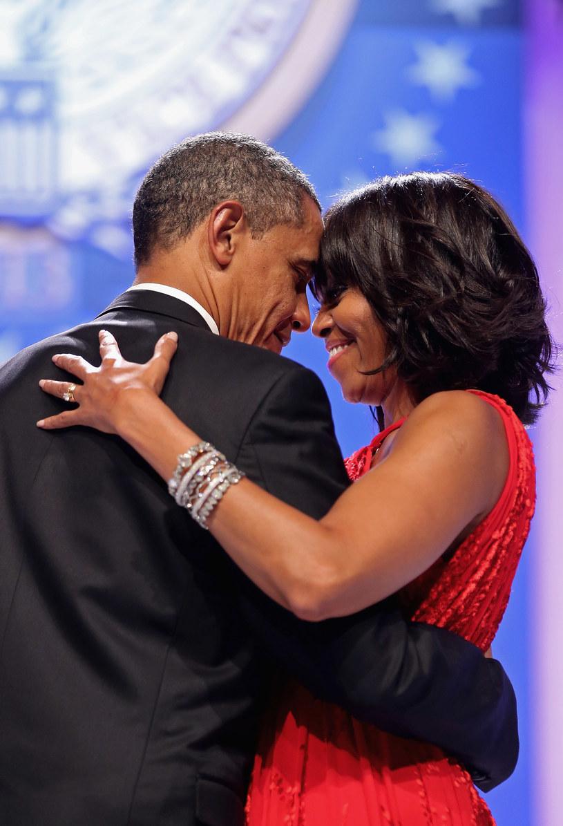 Michelle Obama chętnie pokazuje swoje ramiona /Getty Images