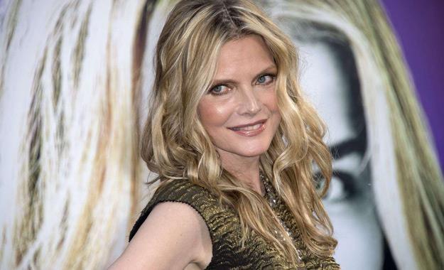 Michelle Pfeiffer nie próbuje za wszelką cenę zatrzymać upływającego czasu /AFP