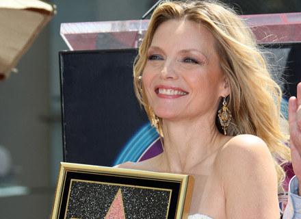 Michelle Pfeiffer ze swoją gwiazdą /AFP