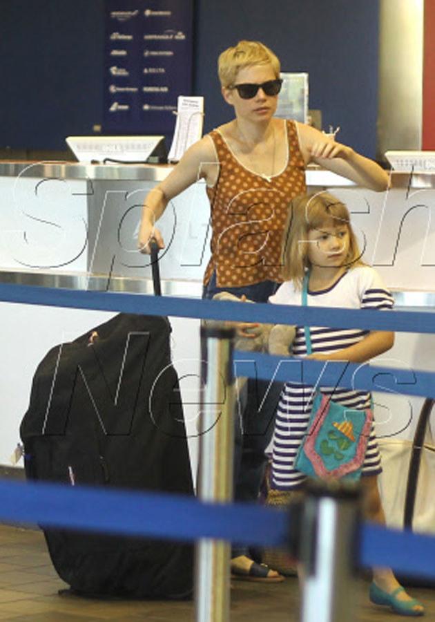 Michelle ze swoją siedmioletnią córką Matildą ze związku z Heathem Ledgerem. /Splashnews