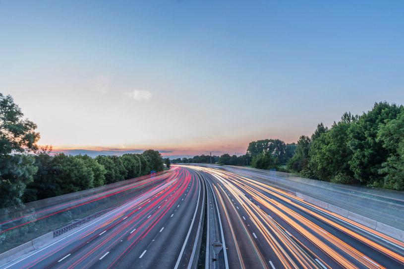 Michigan rozwinie w pełni autonomiczną drogę /123RF/PICSEL