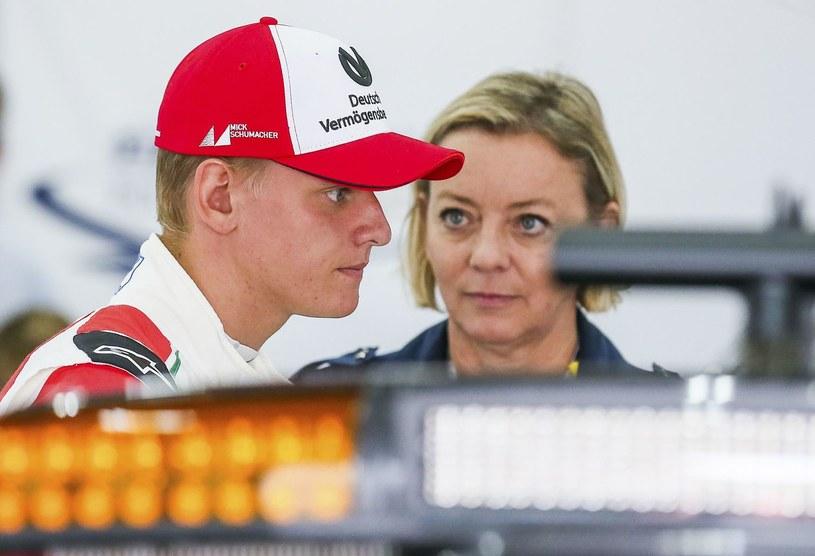 Mick Schumacher i Sabine Kehm /AFP