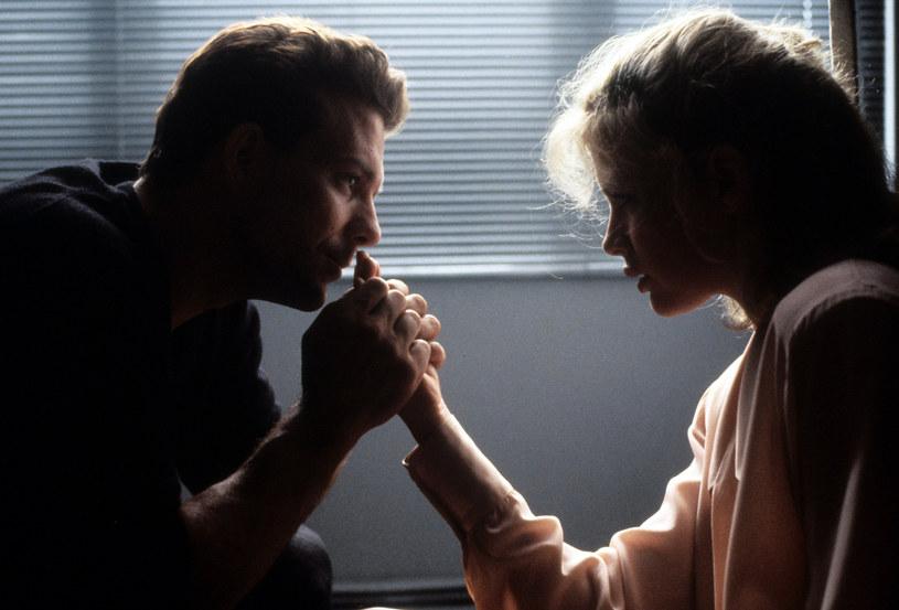 """Mickey Rourke i Kim Basinger w filmie """"Dziewięć i pół tygodnia"""" /Metro-Goldwyn-Mayer /Getty Images"""