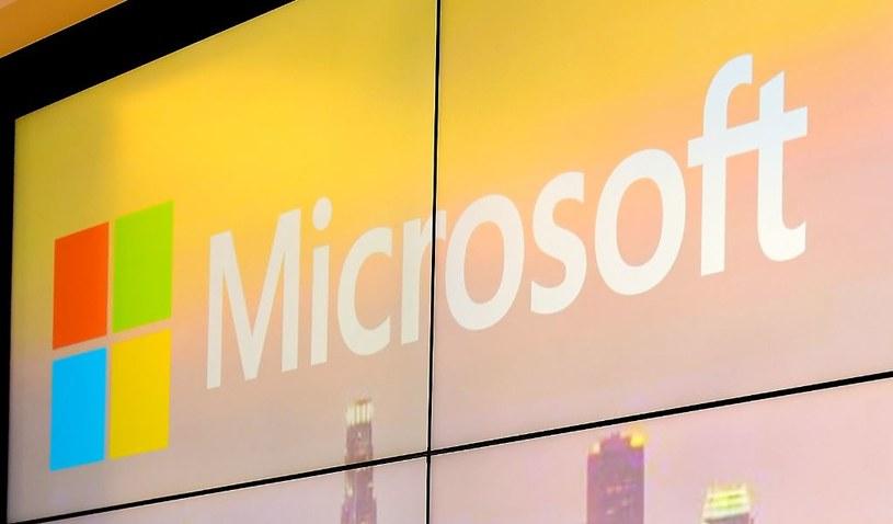 Microsoft i Google rywalizują w kwestii bezpieczeństwa użytkownika /AFP