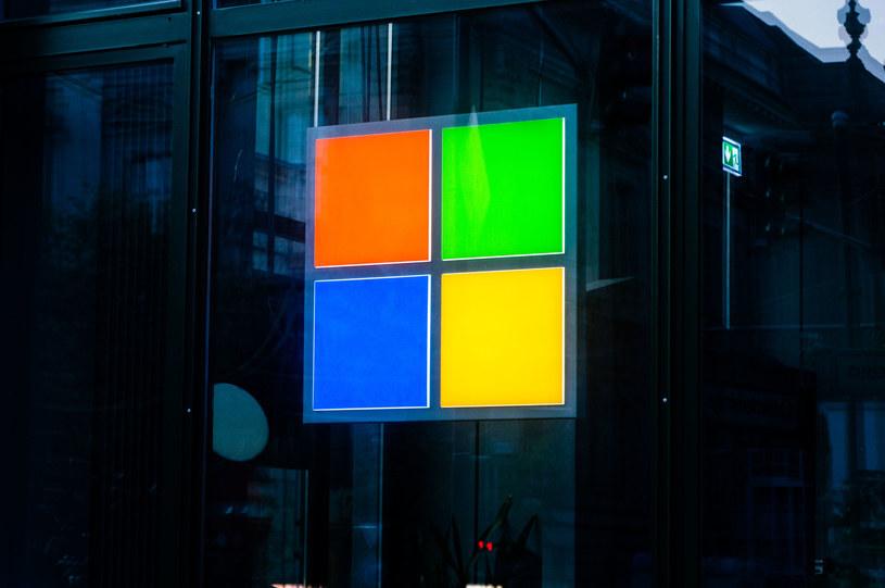 Microsoft idzie na wojnę z NSO /123RF/PICSEL