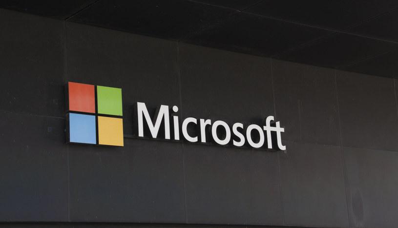 Microsoft może umieścić reklamy w dwóch aplikacjach /123RF/PICSEL