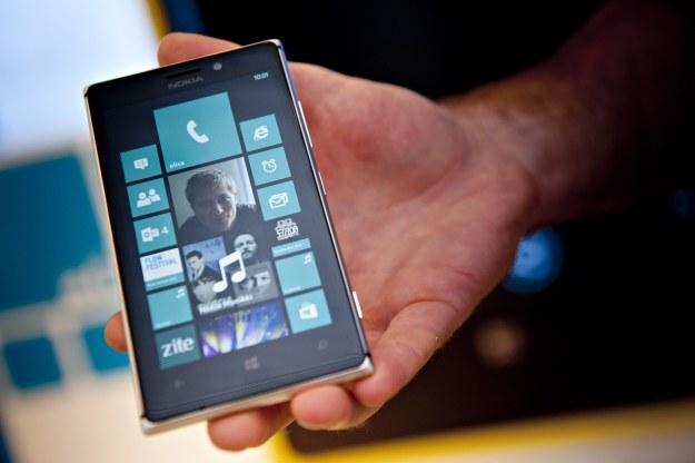 Microsoft powoli rozwija swój mobilny system operacyjny /AFP