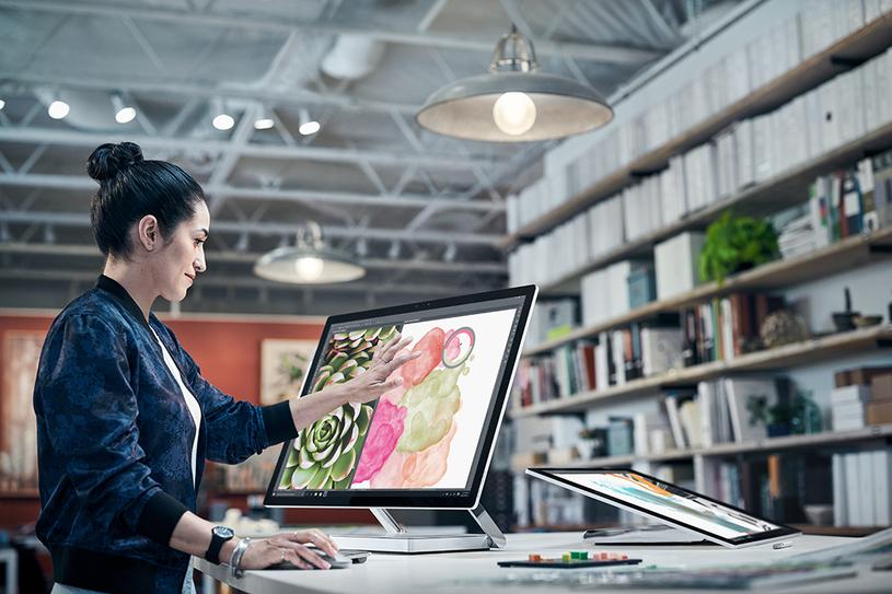 Microsoft Surface Studio ma być konkurencją dla iMaca /materiały prasowe