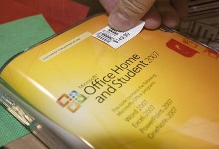 Microsoft wycofał ze sprzedaży niemal wszystkie wersje MS Office'a /AFP