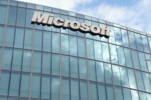 Microsoft zna problem z plikami DLL już od lat /AFP