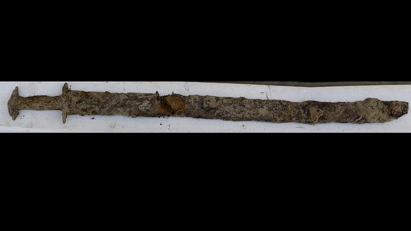 Miecz liczy ponad tysiąc lat (fot. Jönköpings Läns Museum) /