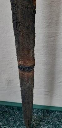 Miecz zniszczony przez 48-latka /Policja