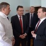Miedwiediew składa obietnice na Krymie