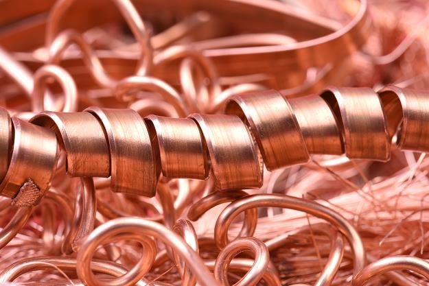 Miedzi i srebra wystarczy na 50-60 lat /©123RF/PICSEL