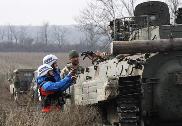 Międzynarodowi obserwatorzy w Donbasie /VADIM KOT  /PAP/EPA