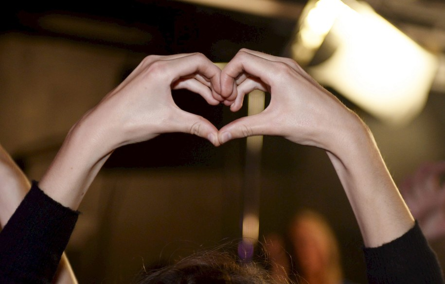 """""""Miej serce dla serce"""" - to hasło tegorocznego Dnia Serca /MAJA SUSLIN   /PAP/EPA"""