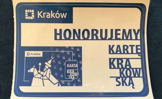 Miejsca, w których karta jest honorowana, będą oznaczone specjalną naklejką /Marek Wiosło /RMF FM