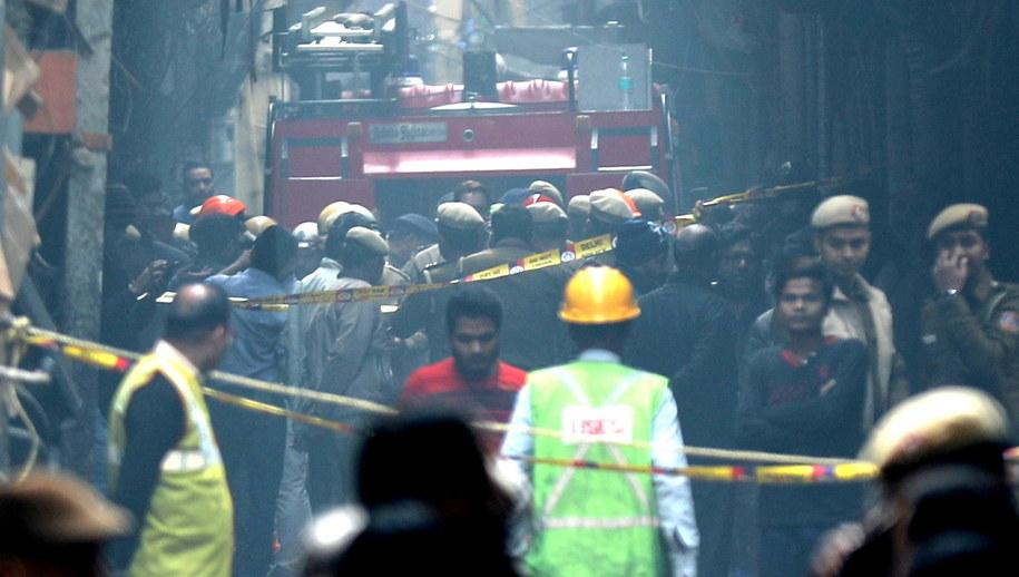 Miejsce, gdzie doszło do pożaru /RAJAT GUPTA    /PAP/EPA