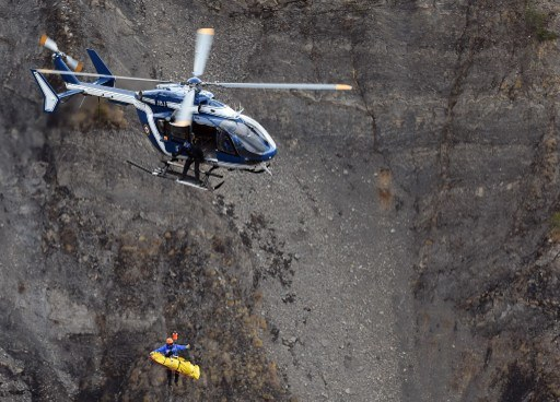 Miejsce katastrofy airbusa w Alpach /ANNE-CHRISTINE POUJOULAT /AFP
