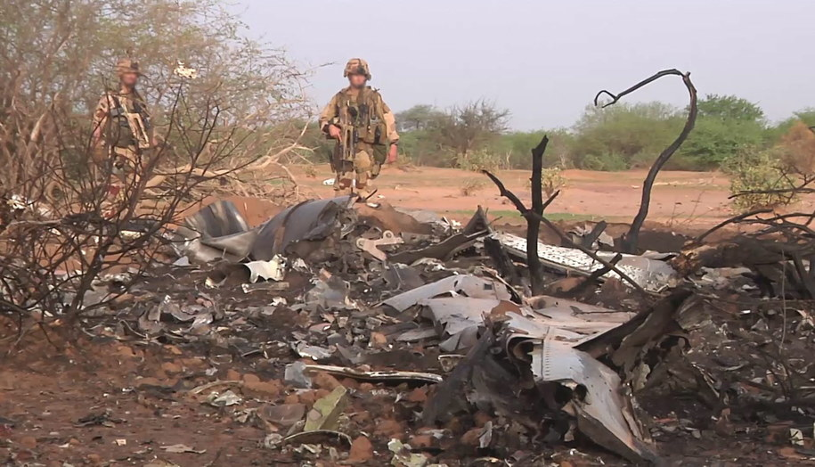 Miejsce katastrofy boeinga / FRENCH ARMY / ECPAD  /PAP/EPA