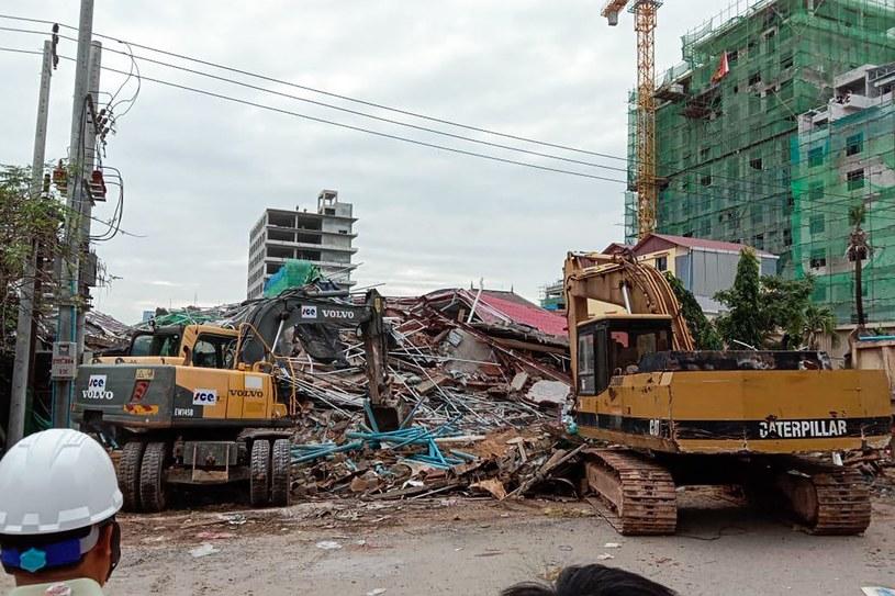Miejsce katastrofy budowlanej /LY LAY /AFP