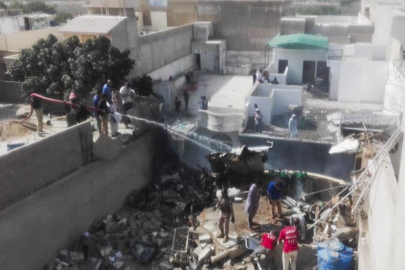 Miejsce katastrofy pakistańskiego samolotu /AFP