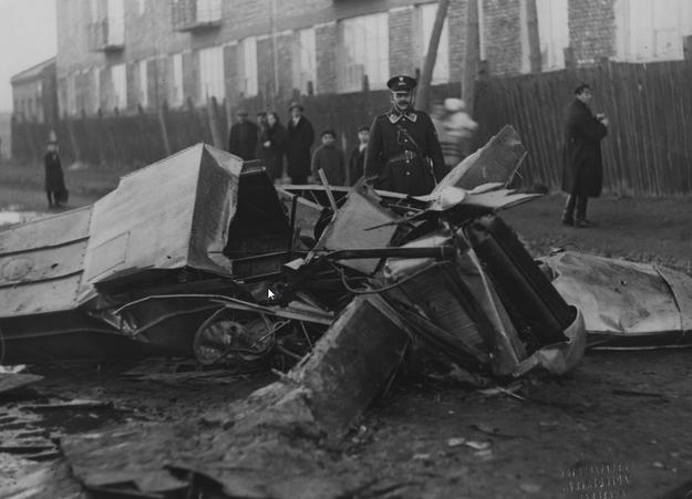 Miejsce katastrofy samolotu Zygmunta Puławskiego /Z archiwum Narodowego Archiwum Cyfrowego
