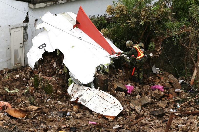 Miejsce katastrofy samolotu /PAP/EPA