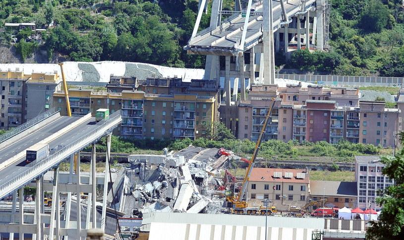 Miejsce katastrofy /ALESSANDRO DI MARCO  /PAP/EPA
