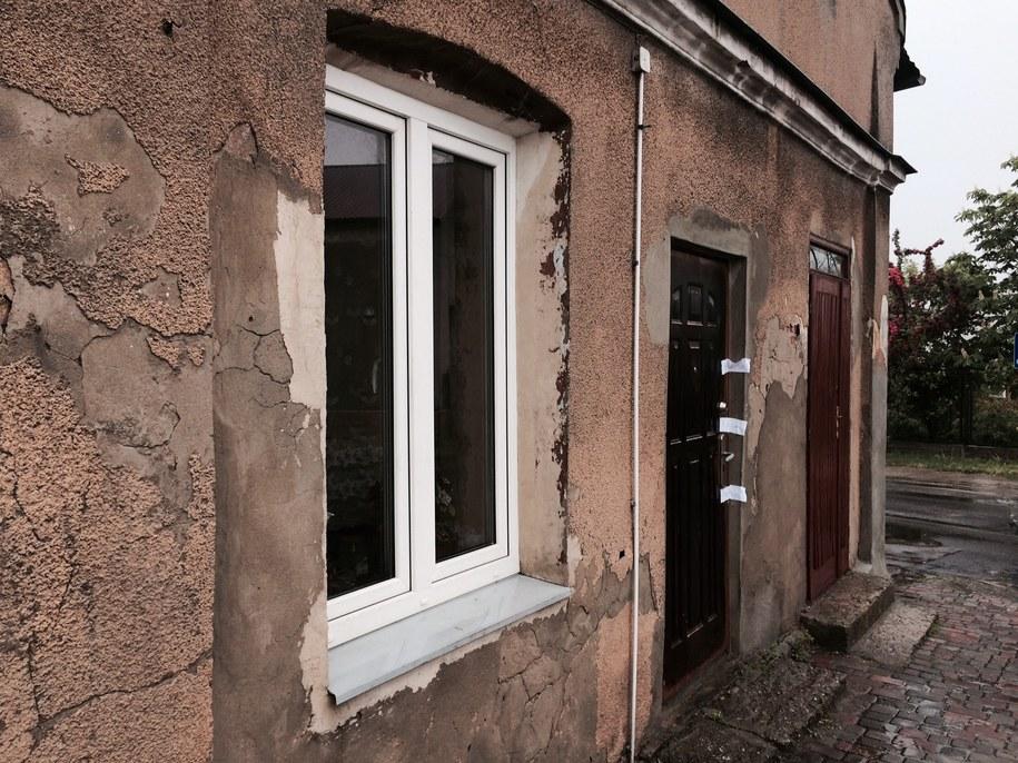 Miejsce, w którym ratownicy zastali zmarłe dziecko. /Agnieszka Wyderka /RMF FM