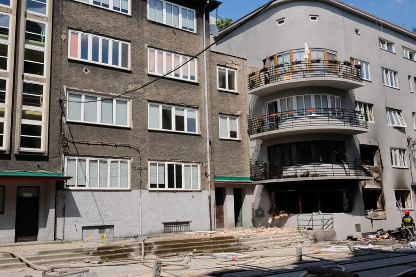 Miejsce wybuchu gazu, do którego doszło w kamienicy na ulicy Katowickiej w Bytomiu /Hanna Bardo /PAP