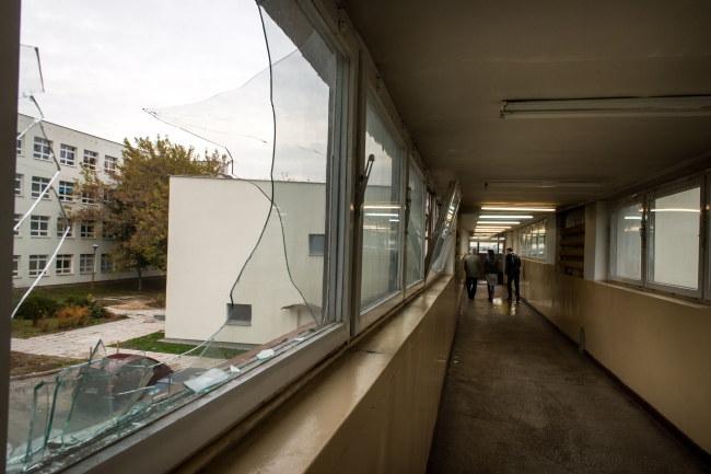 Miejsce wypadku - łącznik między budynkami Uniwersytetu Technologiczno-Przyrodniczego w Bydgoszczy /Tytus Żmijewski /PAP