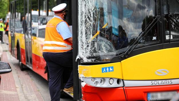 Miejsce wypadku na ulicy Klaudyny na warszawskich Bielanach /Rafał Guz /PAP