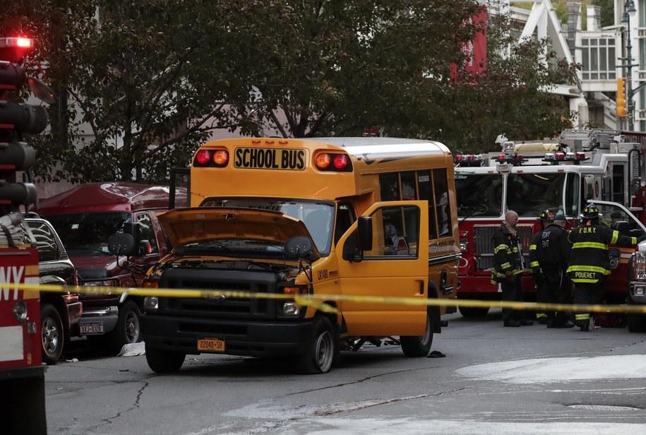 Miejsce zamachu na Manhattanie /JASON SZENES    /PAP/EPA