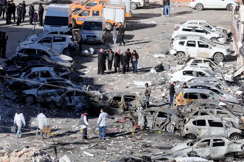 Miejsce zamachu w mieście Viransehir /PAP/EPA