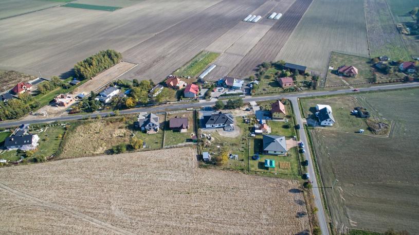 Miejscowość Nowa Wieś koło Kutna /Grzegorz Michałowski   /PAP