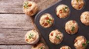 Mięsne muffiny z kremem chrzanowym
