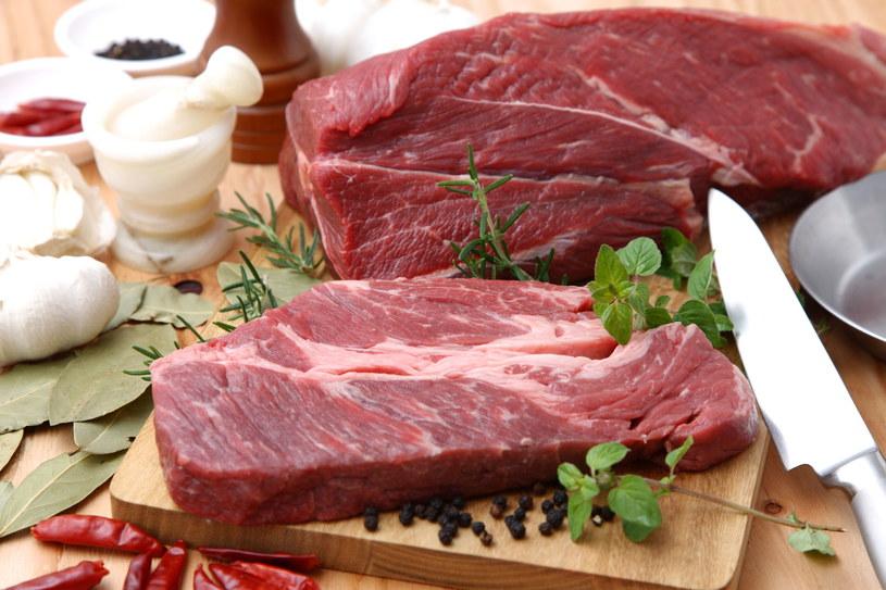 Mięso kupuj z hodowli ekologicznych /123RF/PICSEL