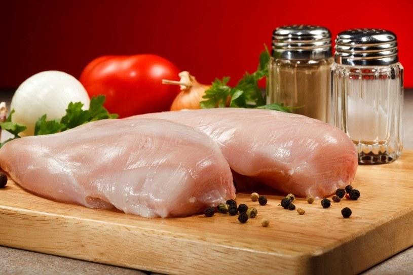 Mięso kurczaka jest zdrowe /123RF/PICSEL