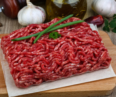 Mięso mielone: Jakie wybrać? Jak przechowywać i rozmrażać?
