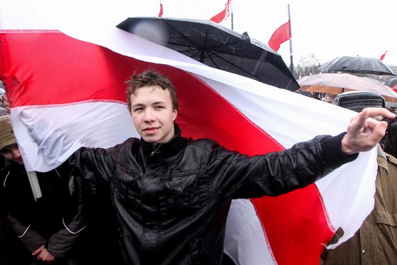 Mieszkający poza granicami Białorusi Pratasiewicz był jednym z autorów prowadzonego w Telegramie opozycyjnego kanału Nexta, który władze w Mińsku uznały za ekstremistyczny /AFP