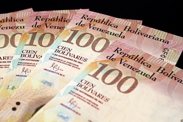 Mieszkańcy Caracas nie są w stanie się wyżywić - ceny rosną zdecydowanie szybciej niż płace /©123RF/PICSEL
