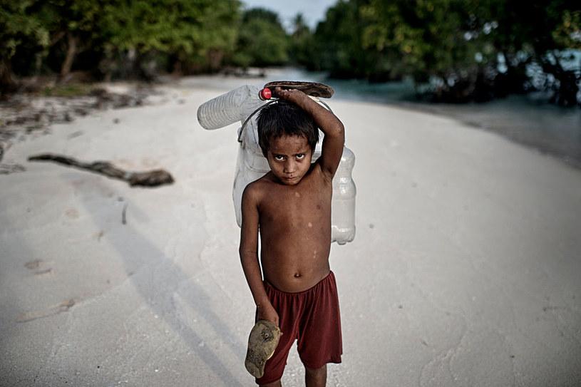 Mieszkańcy Kiribati walczą z zanieczyszczeniem środowiska /Jonas Gratzer /Getty Images
