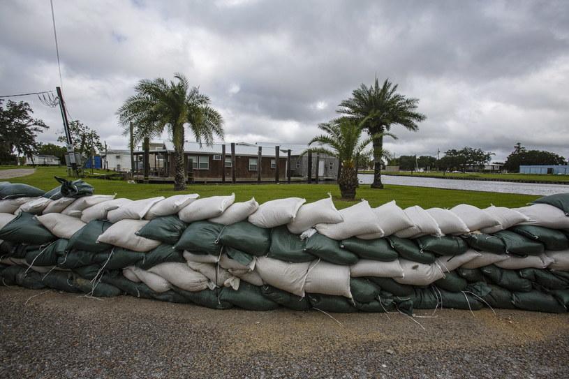 Mieszkańcy Luizjany przygotowują się do uderzenia huraganu. /DAN ANDERSON  /PAP/EPA