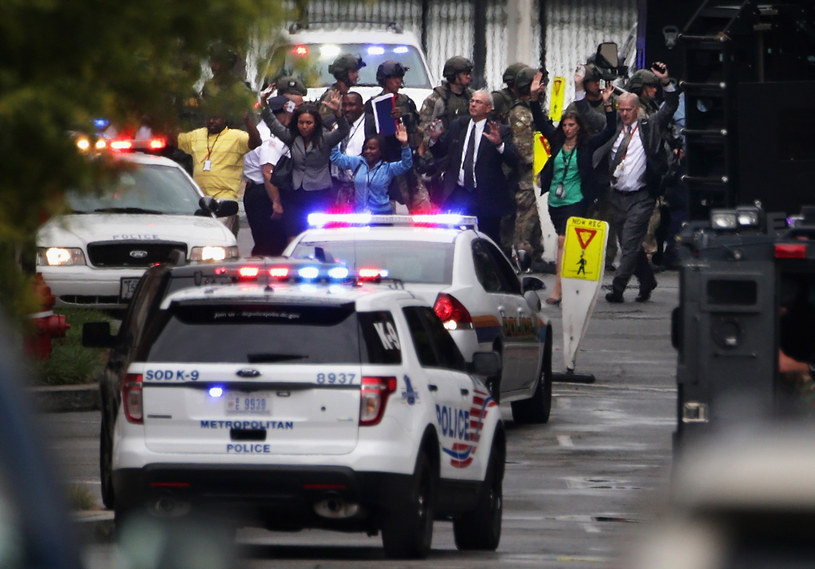 Mieszkańcy Waszyngtonu przeżyli prawdziwe chwile grozy /AFP